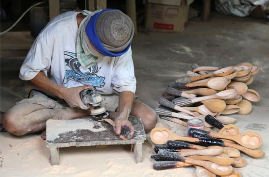 making a wood bowl